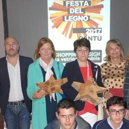 Festa del Legno, gran finale a Cantù  Premi alle vetrine e agli artigiani