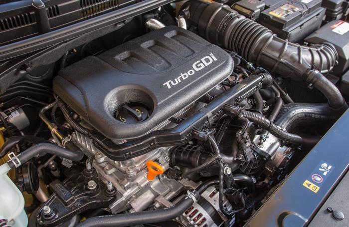 Kia Stonic , la motorizzazione turbo al top di gamma