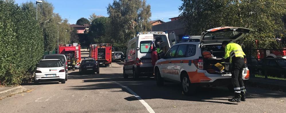 Alzate, esplosione  e incendio in carrozzeria