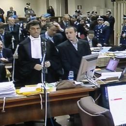Rosa e Olindo tornati in tribunale A Brescia udienza sui reperti