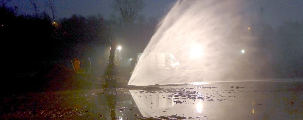 Lurago, riparato l'acquedotto bucato  Fine dell'emergenza per   9 Comuni