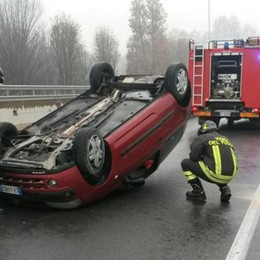 Incidenti a Novedrate e Colverde  Due automobili ribaltate
