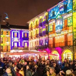 Luci sulla Città dei Balocchi  Torna la magia del Natale