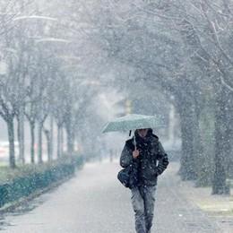 L'inverno sul Comasco  Freddo pioggia e prime nevicate