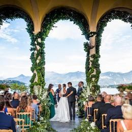 Sposarsi sul lago  un affare per tutti