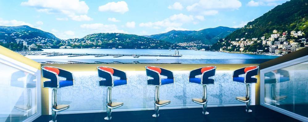 Diciotto suite vista lago  Il primo 5 stelle a Como
