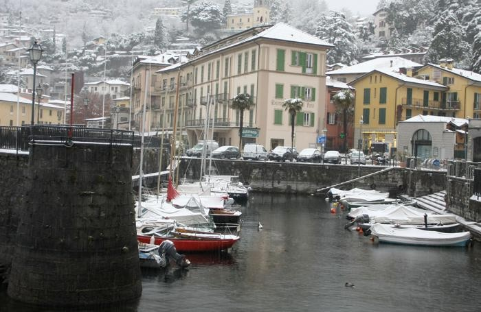 Menaggio nevicata e strade bianche