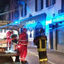 Incendio all'alba a Cernobbio  Donna al pronto soccorso