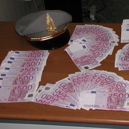 Dogana, sequestrati in un mese  1,3 milioni di euro in contanti