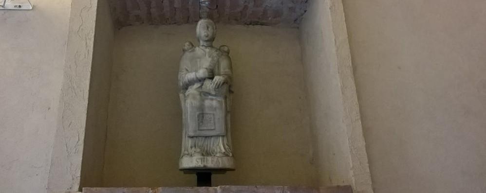 Santo Stefano, statua in soffitta  Mariano ritrova il suo patrono