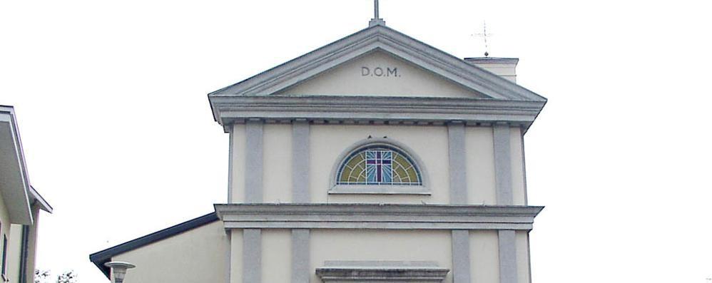 Il parroco in chiesa, i ladri in canonica  A Montano «rubati soltanto pochi euro»