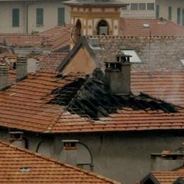 Menaggio, si incendia la canna fumaria  Una casa del centro in fiamme