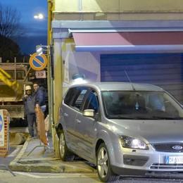 Lurago, caccia al fuggitivo  Forse è a Milano