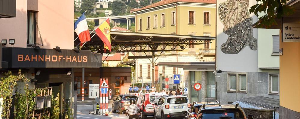 Ticino, fine del paradiso  Da domani si paga l'Iva