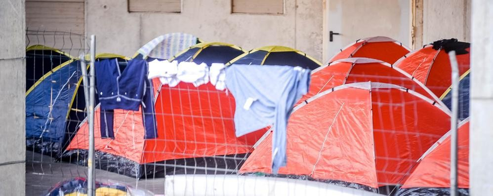 Migranti via dalla Val Mulini  Pronte le tende al Cardinal Ferrari
