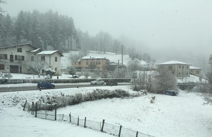 La situazione a Cavaria di San Fedele alle 11,15 di venerdì 10 febbraio (foto Aldo Riva)