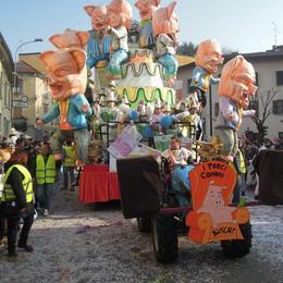 CANTU - PRIMA SFILATA CARRI DI CARNEVALE 2017 - BUSCAIT