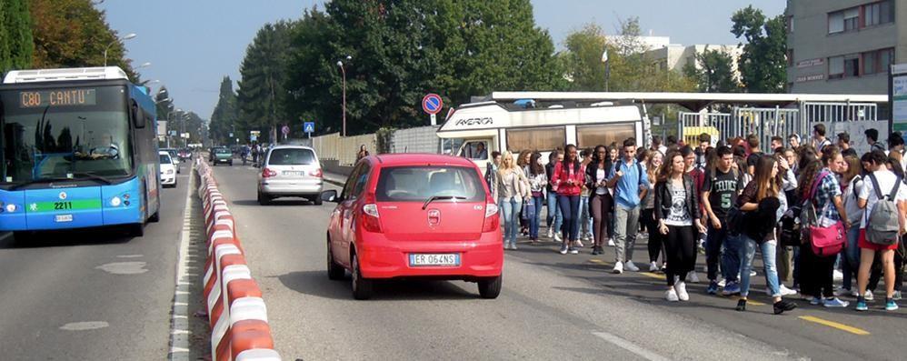 Bus a Mariano, corse per il Monnet  «Si accorcia l'attesa degli studenti»