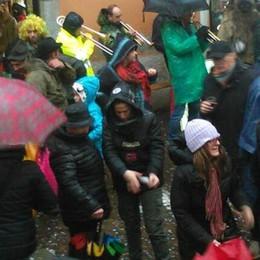 Carnevale sotto la pioggia  A Schigano dalla Moldavia