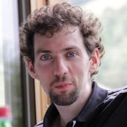 Cucciago in lutto per Maurizio  Stroncato dal male a 29 anni