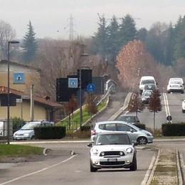Mariano città degli spartitraffico  Cordoli più bassi, ma resta il jersey