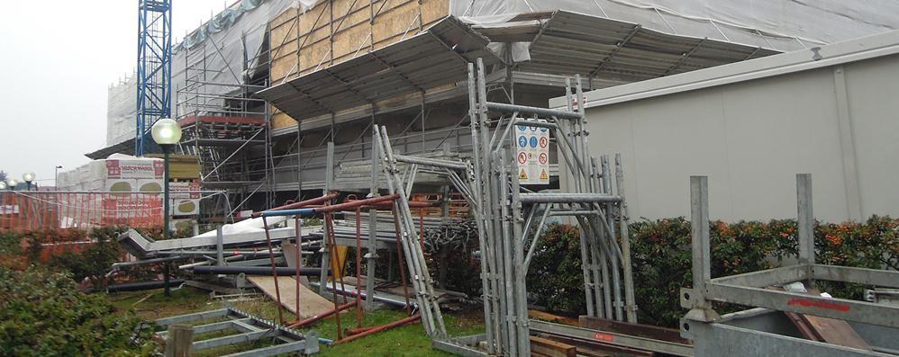 Ospedale di Cantù, danni dal cantiere   «Colpa dei ribassi negli appalti»