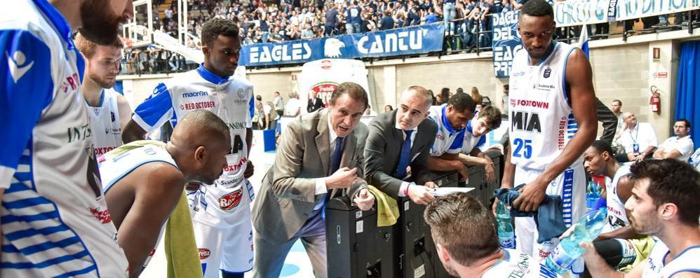 Cantù mai in partita Torino vince 87-76
