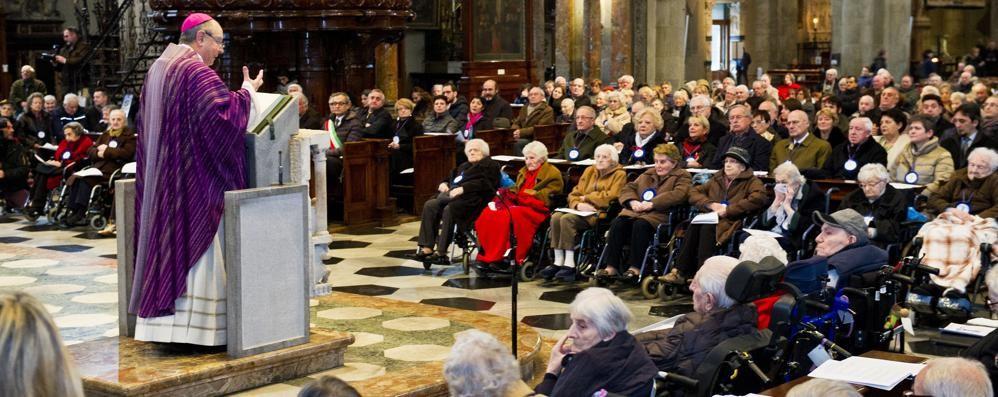 Il vescovo: «Ca' d'Industria   Duecento anni di amore»