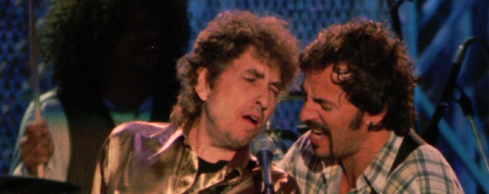 """Tornano le """"Primavere""""  Il racconto rock di Bruce e Dylan"""