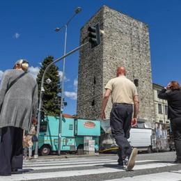 Como, strade pericolose  «Più illuminazione e  zone 30»