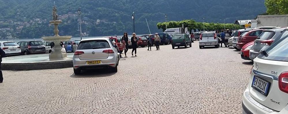 Parcheggi cancellati  Cernobbio, ci vogliono i vigili