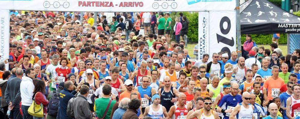 """Domenica la """"Run'in Como """"  Spettacolo Mezza maratona"""