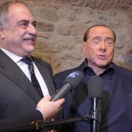 Berlusconi ai candidati  «Vinciamo dove siamo uniti»