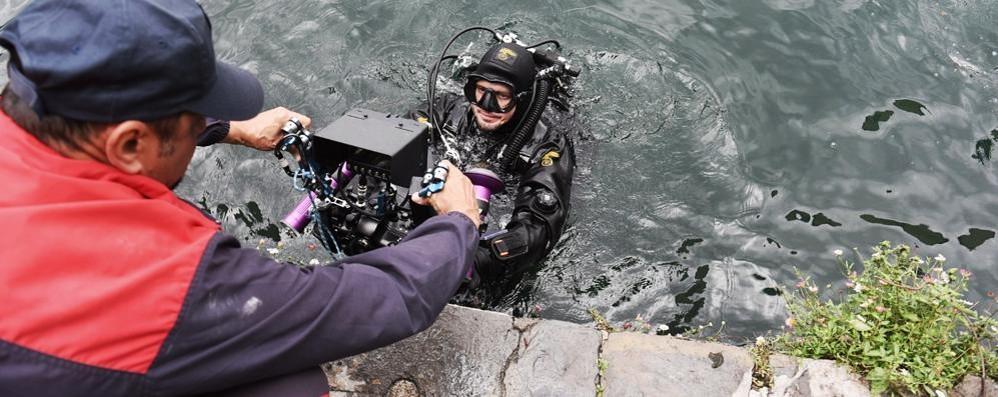 Teschio nelle acque del lago Ritrovato da alcuni sub