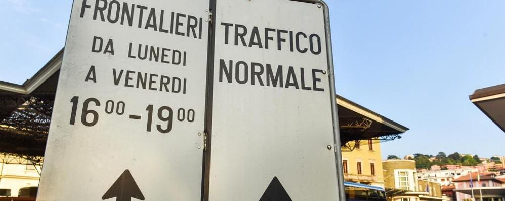 Ticino, aumentano i frontalieri  Soprattutto gli italiani