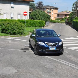 Vighizzolo, allarme in via Rossini  «Auto contromano vicino all'asilo»