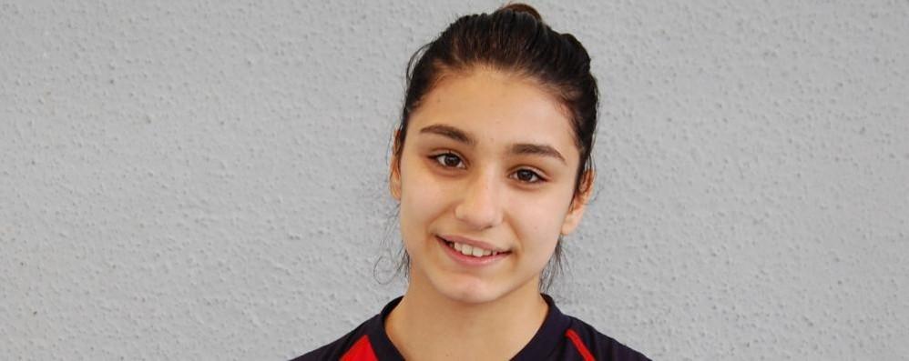Travolta dal treno a sedici anni  Cabiate piange la pallavolista