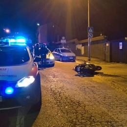 Cade dalla moto a Ponte Chiasso Ferito al volto uomo di San Fermo