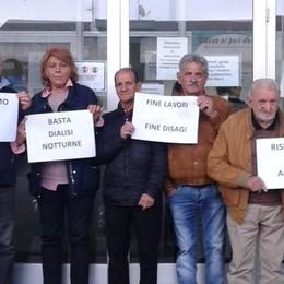 Ospedale di Mariano, la protesta  «Lavori in ritardo, ridateci Dialisi»