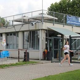 Centro sportivo di Casnate  Rispondono cento sostenitori