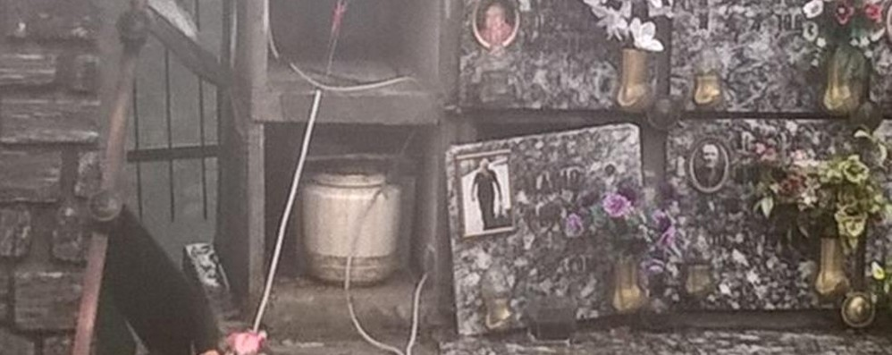 Pigra, fulmine nel cimitero  Devastati almeno 7 loculi