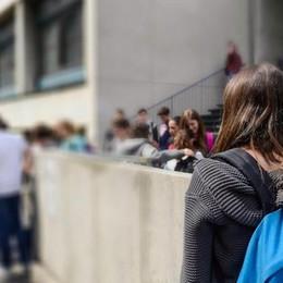 Vaccini obbligatori nelle scuole  I presidi: «Non controlleremo»