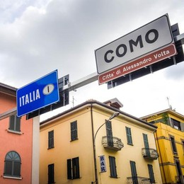 La presidente svizzera  fa la spesa in Italia  Polemiche in Ticino