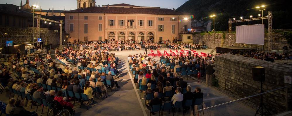 Nabucco accende l'Arena del Sociale