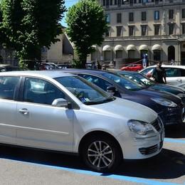 «Rimetterò i parcheggi in piazza Roma»