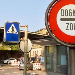 Ticino, meno imprese ma più frontalieri