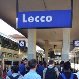 In treno senza biglietto  Morde un poliziotto