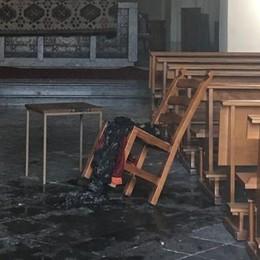 Tenta di dare fuoco alla chiesetta  Bloccato un ragazzo a Maccio