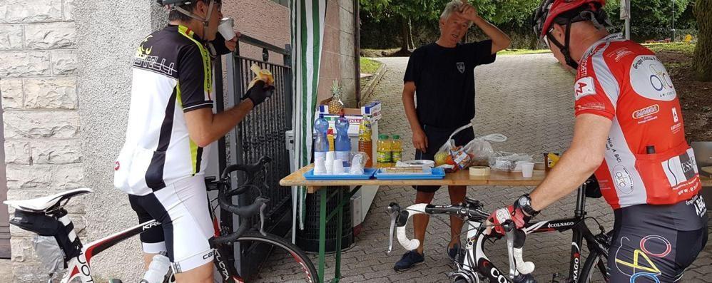 C'è un paese che ama le bici  Ristoro gratuito per i ciclisti