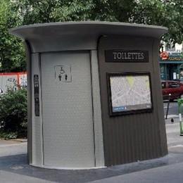 Tour degli assessori nei bagni pubblici  «Servizi indegni di una città turistica»